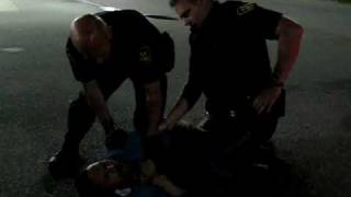 Homeless Man Breaks Free From Polices After Got Tased