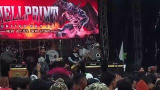Stand Here Alone - Wanita Masih Banyak Live at Hellprint 2016