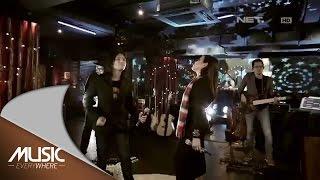 Alex & Novita - Rumah Kita (God Bless Cover) - Music Everywhere