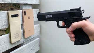 Samsung Galaxy S10 vs iPhone XS Max vs GUN