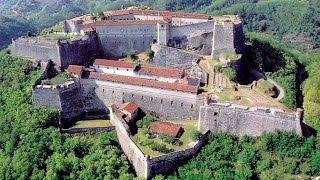 Gavi Italy  City pictures : Fort of Gavi, Gavi, Alessandria, Piedmont, Italy, Europe