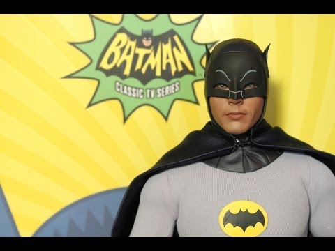 Batman 1966 Hot Toys figure review