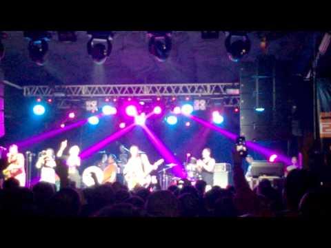 Ленинргад - Рыба (поет Алиса Вокс-Бурмистрова) (Live @ArenaHall) 18.02.2014 (видео)