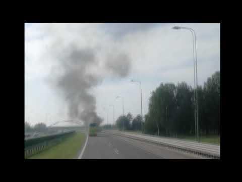 Wideo1: Pożar naczepy na S5 pod Rawiczem