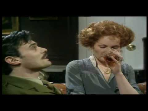Upstairs Downstairs S04 E02 News From The Front ❤❤