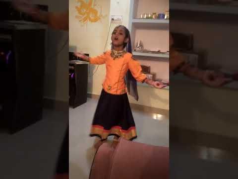 Video Choti si Radha ka beautifully dance(1) download in MP3, 3GP, MP4, WEBM, AVI, FLV January 2017