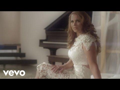 """VÍDEO: Clipe de """"No pudiste amar así"""", de Lucero"""