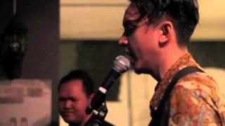 Video Barasuara - Api dan Lentera (Live Performance at TokoVe) MP3, 3GP, MP4, WEBM, AVI, FLV Maret 2018