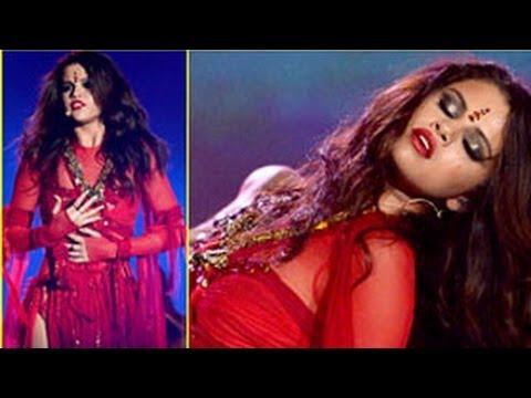 Selena Gomez Slammed By Hindu Society