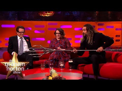 Jason Momoa Shows Off His Aquaman Quindent From  Justice League  on The Graham Norton