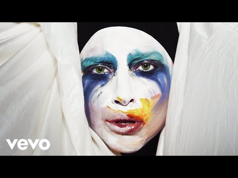 Applause - Lady Gaga (Video)