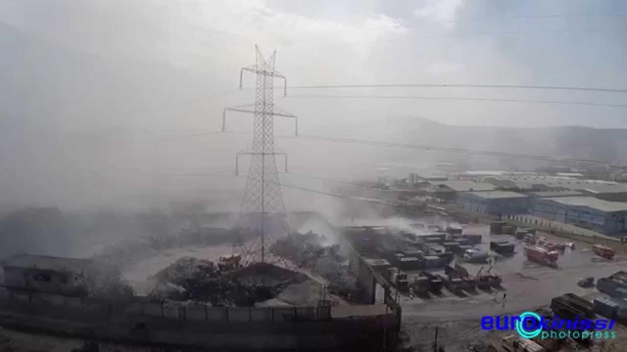 Αερολήψη από την φωτιά στο εργοστάσιο ανακύκλωσης στον Ασπρόπυργο