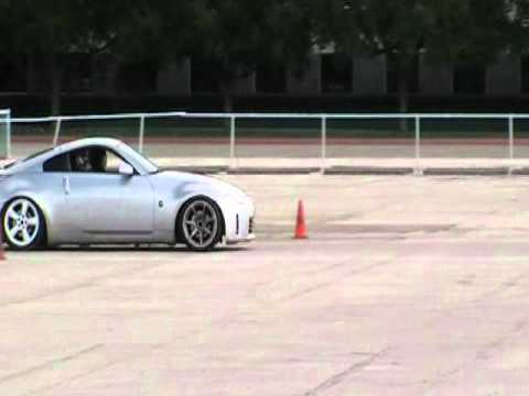Nissan 350Z 350z Lost a wheel