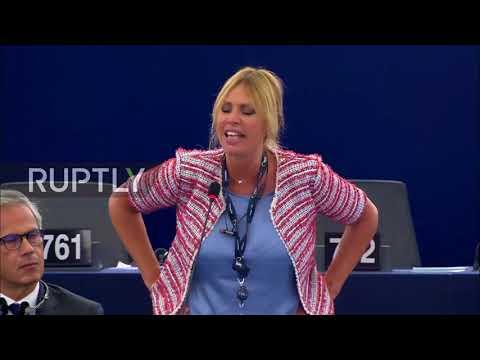 Внучка Муссолини в европарламенте