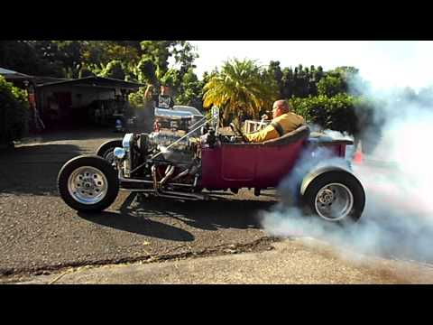Blown T-Bucket burnout