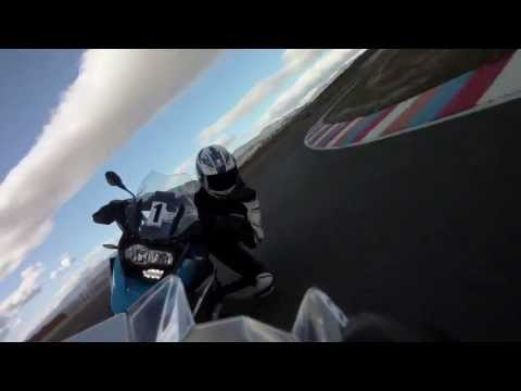 2013 BMW HP4 vs. R1200GS