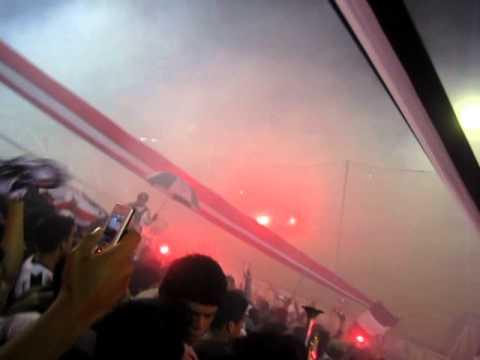 COMANDO SVR: Salida de ALIANZA LIMA v.s Jaguares (Copa Libertadores 2011) - Comando SVR - Alianza Lima