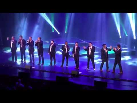 """Straight No Chaser """"Twelve Days of Christmas"""""""