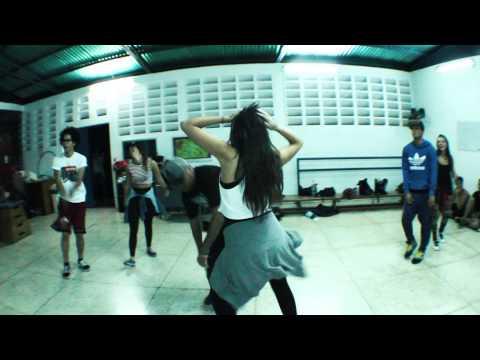 Fiesta-Charly Black (Choreography by Ronald Barreto)
