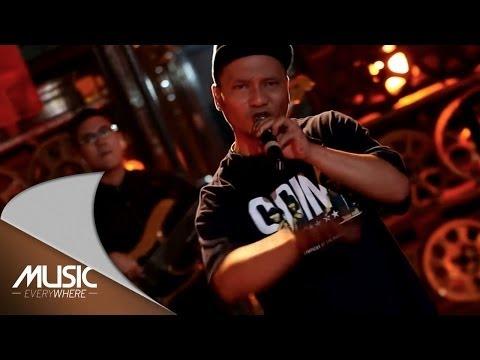 Download Lagu Iwa K - Manusia Malam - Music Everywhere NETMEDIATAMA Music Video