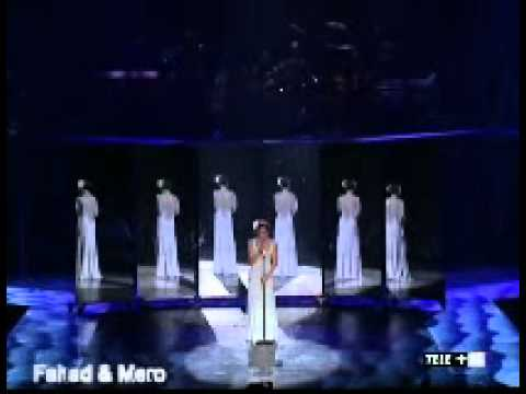 Jennifer Lopez – Medley  – Secretly – Theme From Mahagony – I Could Fall In Love (Concert 2001)