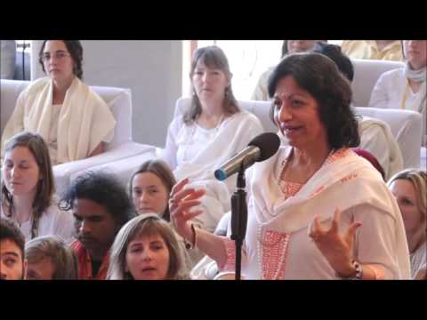 Mooji Video: How Can We Maintain This Feeling of Peace & Freedom?