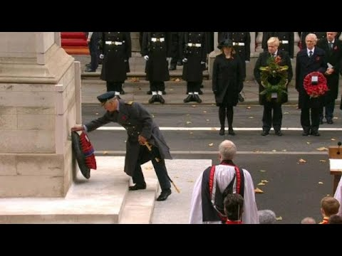 Βρετανία: Βασιλική οικογένεια και πολιτική ηγεσία μαζί για την «Ημέρα Ανάμνησης»