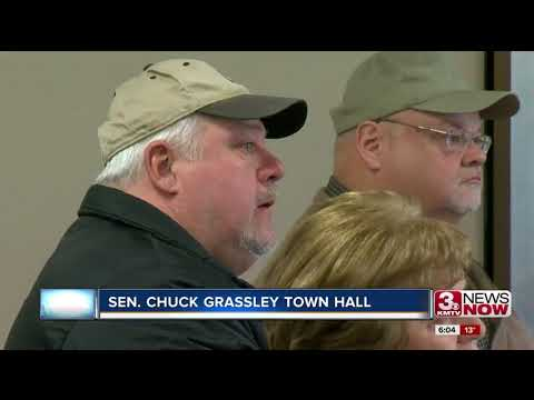 Sen. Chuck Grassley holds first town hall in 2018