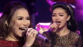 Ayu Ting-Ting feat. Zaskia Gotik