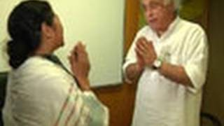 Jairam's Land Acquisition Bill passes Mamata test?