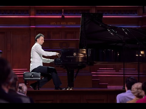 SCHUMANN - Davidsbundlertanze, op.6. VARTANIAN (piano)