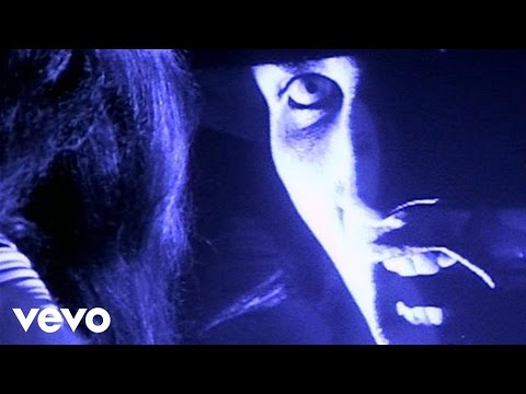 Marilyn Manson – Get Your Gunn