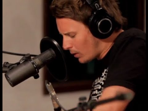 PERFORMING - Ben Howard earned critical praise early on for his compelling live shows in and around London and his native Devonshire. The ever-growing word of mouth goodw...