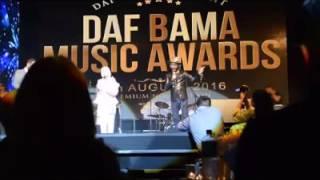 detik detik menerima Awars Best Asian New Female Act' At Daf BAMA Music Awards Hamburg,Germany