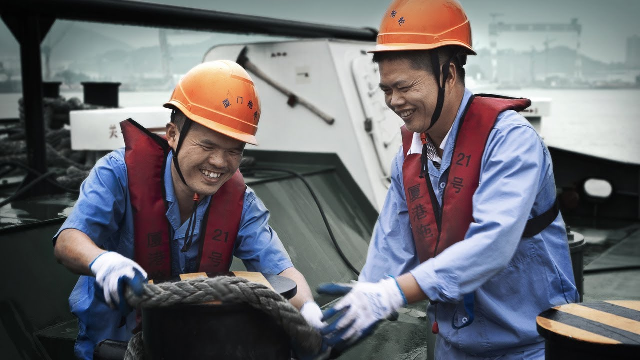 Customer stories - Xia Gang Tuo 21 - Tug - Among the Giants