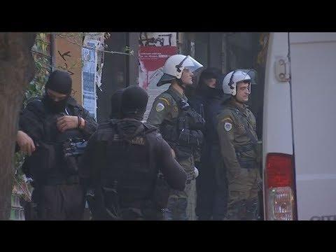 Αστυνομική επιχείρηση σε κτίριο της οδού Στουρνάρη στα Εξάρχεια