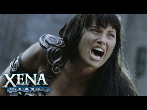 Gabrielle Saves Xena's Life | Xena: Warrior Princess