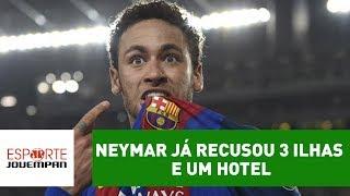 Comentarista Flavio Prado, da Rádio Jovem Pan, contou que, no ano passado, o PSG ofereceu três ilhas e um hotel a Neymar, mas ele rejeitou.