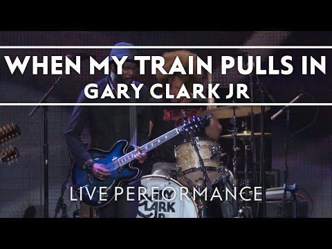 Gary Clark Jr. - When My Train Pulls In [LIVE PERFORMANCE AT 2013 CROSSROADS FESTIVAL)