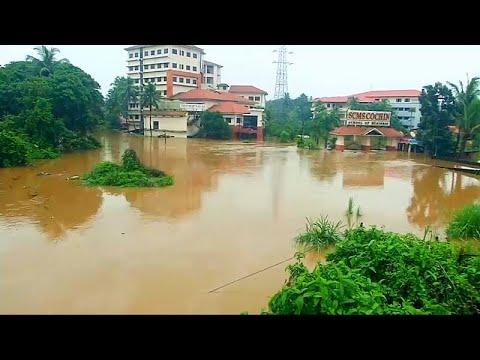 Εκατοντάδες νεκροί στην Ινδία από τις πλημμύρες