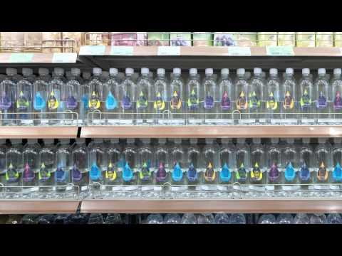 這家礦泉水公司推出必須花1瓶水價格買的「半瓶水」,原以為沒人買…結果銷量卻神奇暴增600%!