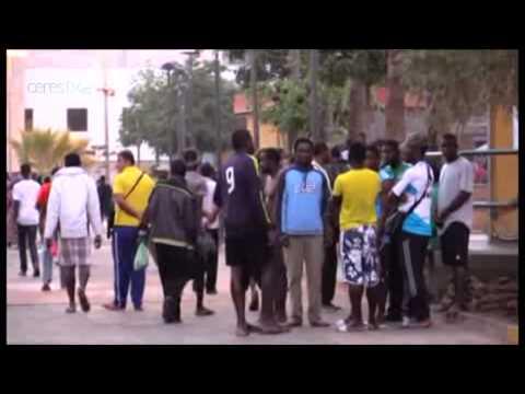 بالفيديو :  دخول  60 مهاجرا افريقيا  الى مليلية   عبر الناظور