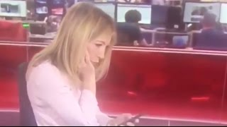 News Reporter Caught Using Phone On LIVE TV! | What's Trending Now