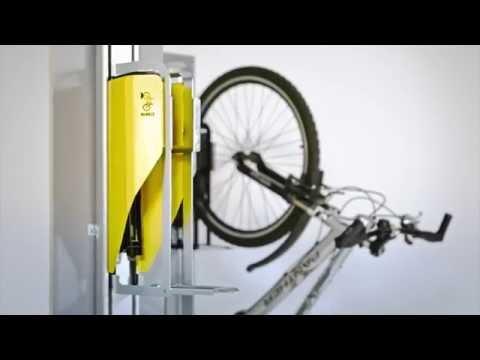 Kätevä keksintö – Fillarit ojennukseen vertikaalisen pyörätelineen avulla