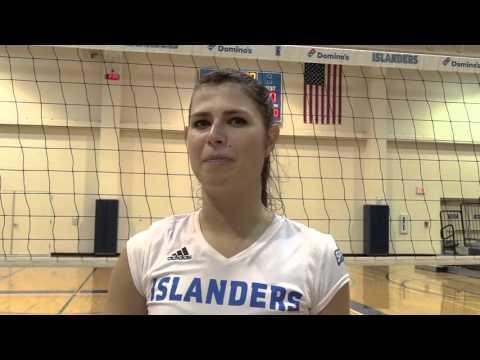 Islander Volleyball Sweeps Lamar 3-0