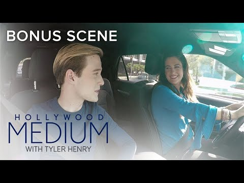 No One Can Compete With Tyler Henry! | Hollywood Medium with Tyler Henry | E!