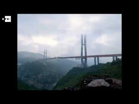 Abren el puente más alto del mundo