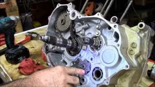 8. Honda Rancher crankshaft part 3 of 4 engine rebuild