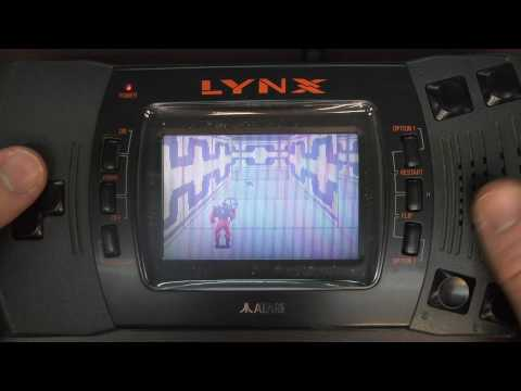 Classic Game Room - XYBOTS review for Atari Lynx