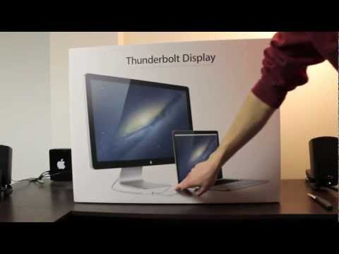 Macbook Pro with Thunderbolt - On Tuesday, January 25th I finally decided to bite the bullet and purchase the display of my dreams- the thunderbolt display. This is the video of my initial...